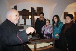Prima Scoala Romanesca2